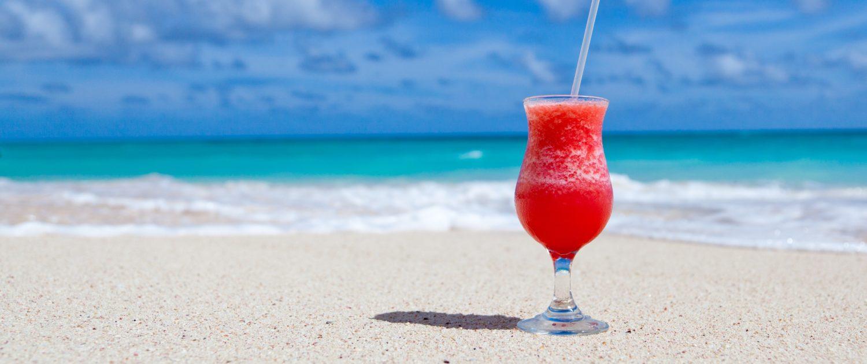 beach-beverage-caribbean-cocktail